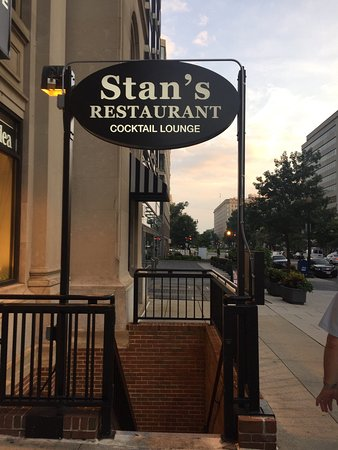 stans restaurant and bar
